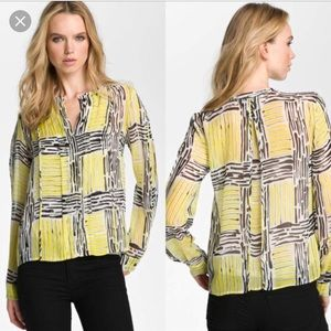 Diane Von Furstenberg blouse size 2